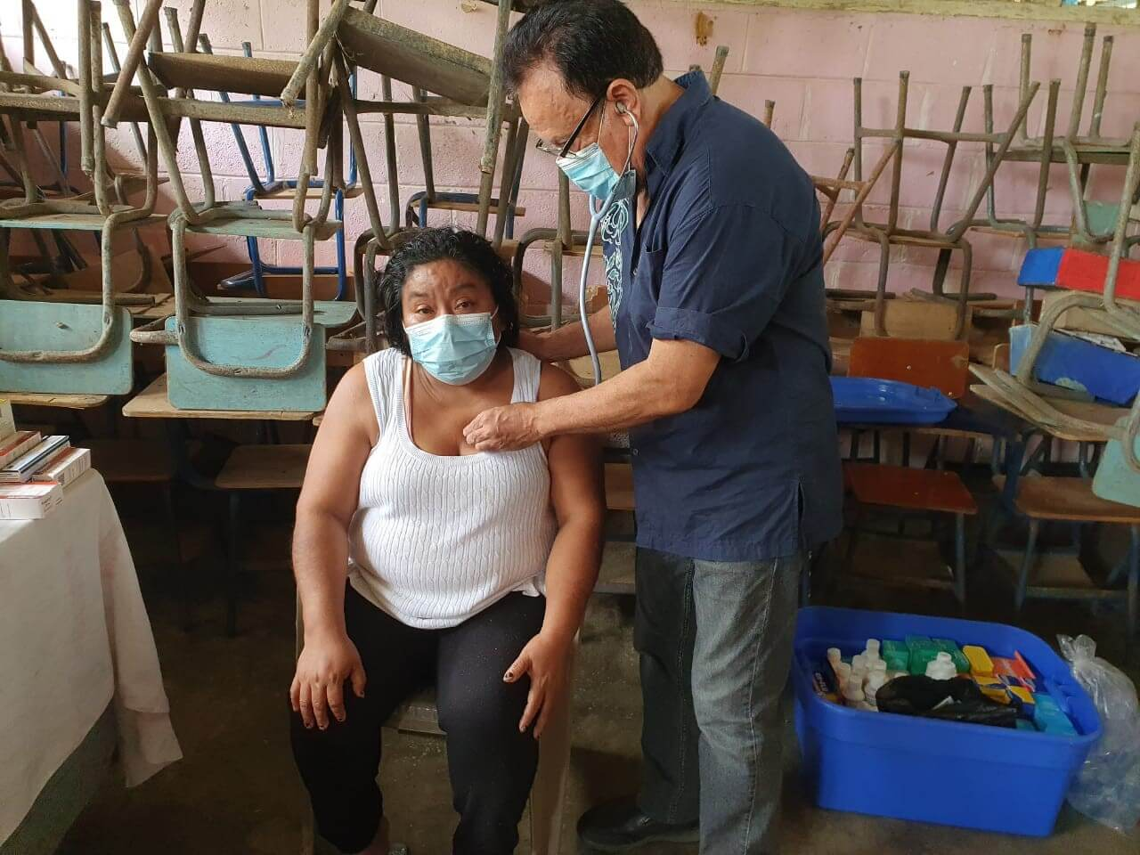 World's Leading Banana Company Organizes Donations to Central America Clinic